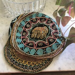 Cute beaded hat with elephant #180625003